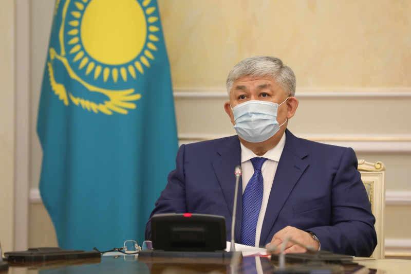 Крымбек Кушербаев провел заседание комиссии по госнаградам