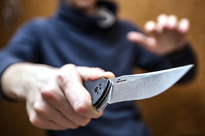 Нанесшего 20 ножевых ранений бывшей подруге карагандинца задержала полиция
