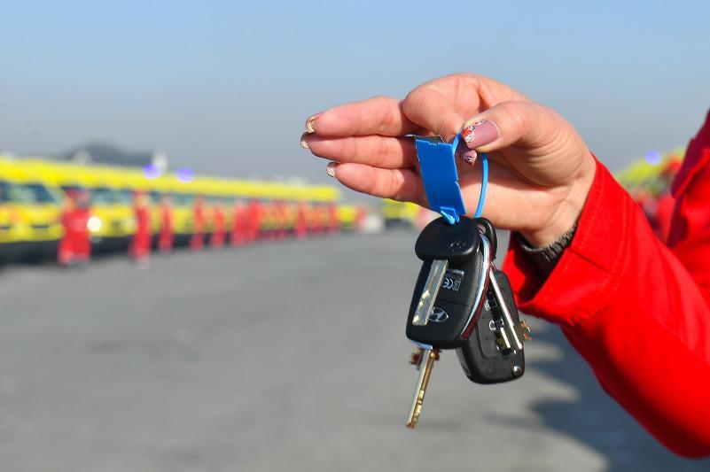 77 машин пополнили автопарк скорой помощи в Туркестанской области