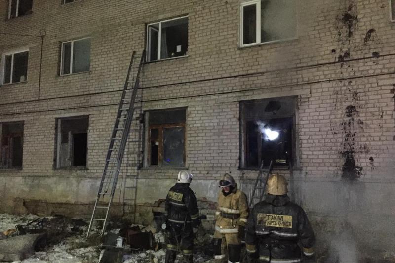 40 человек эвакуированы при пожаре в общежитии в Кокшетау