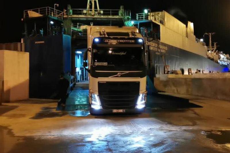 哈国库里克港和伊朗阿米拉巴德港渡轮航线投入使用