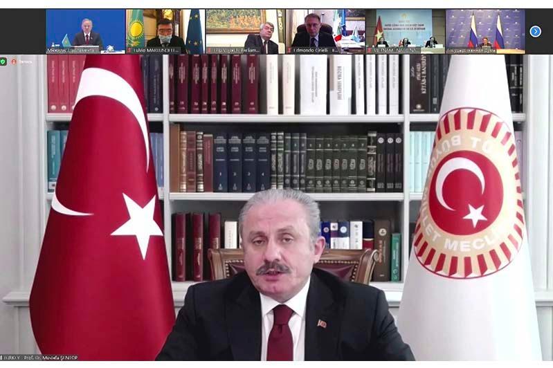 Мустафа Шентоп: Инициативы Первого Президента Казахстана имеют большое значение для всего мира