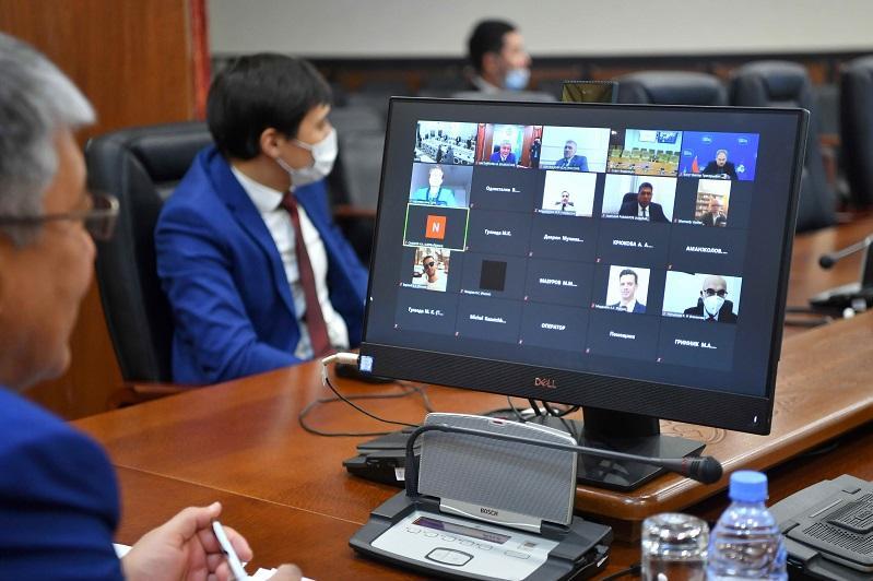 Сенаторы приняли участие в заседаниях постоянных комиссий МПА СНГ