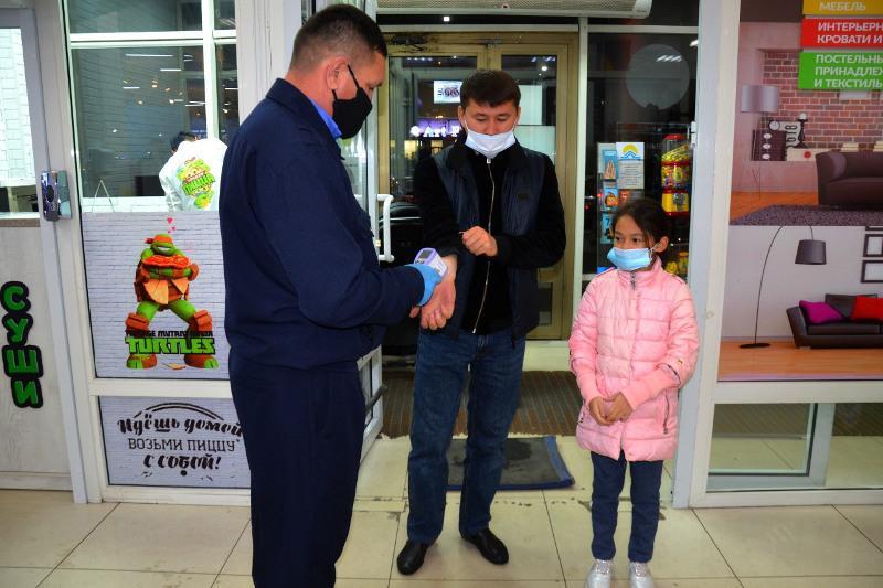 Астанада сауда ойын-сауық орталықтарына сенбі күні жұмыс істеуге рұқсат берілді