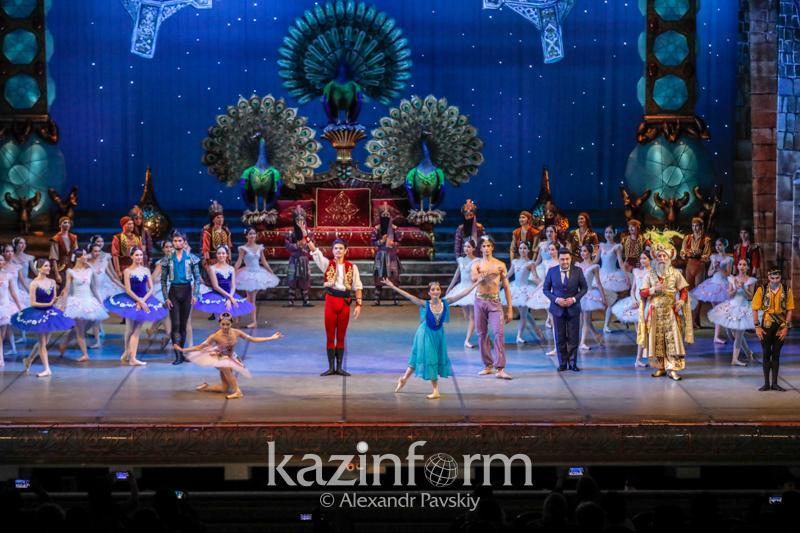 Новую версию балета «Корсар» представили на сцене ГАТОБ имени Абая