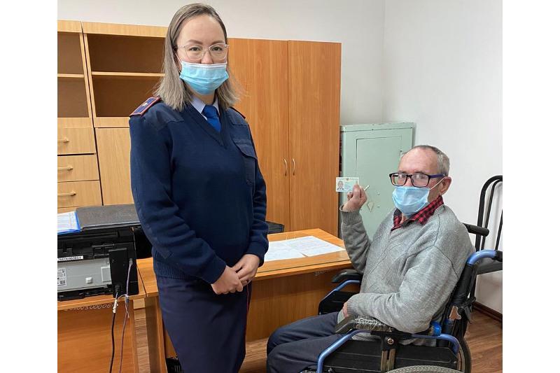 Почти 40 лет жил без документов мужчина в Караганде