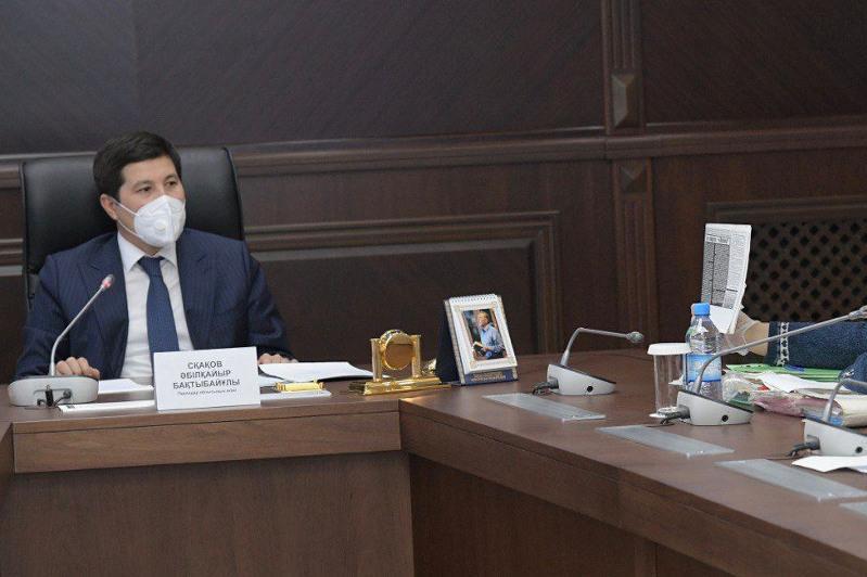 Устранить в трехдневный срок нарушения санэпидрежима в школах поручил Абылкаир Скаков