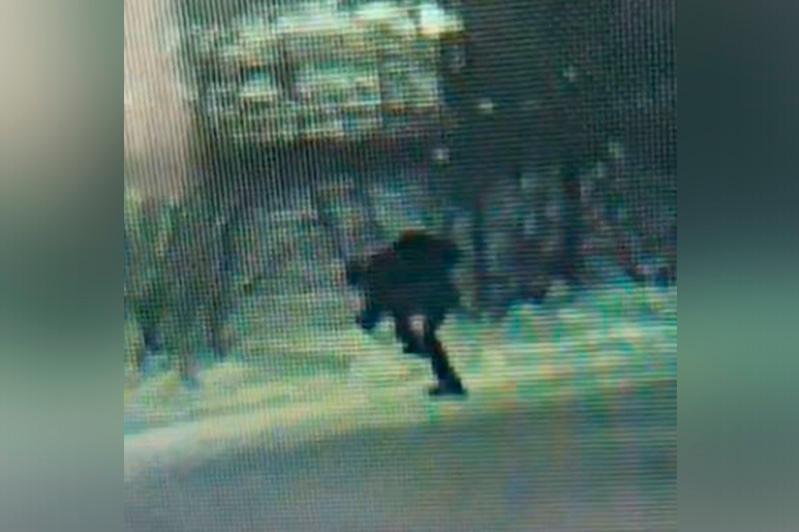 Елорда тұрғыны телефон ұрлап, оны қардың астына тығып тастаған