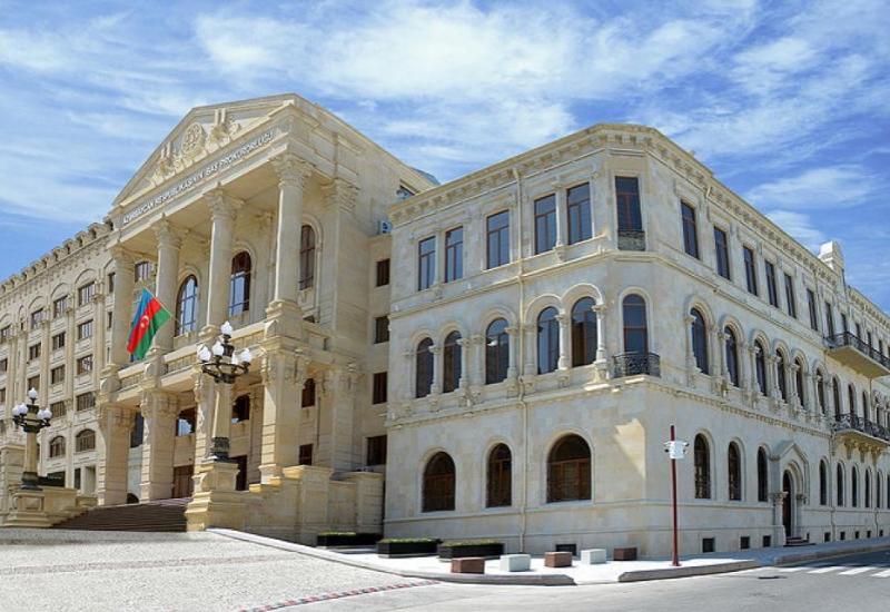 В Азербайджане предупредили об опасности мин в Карабахе