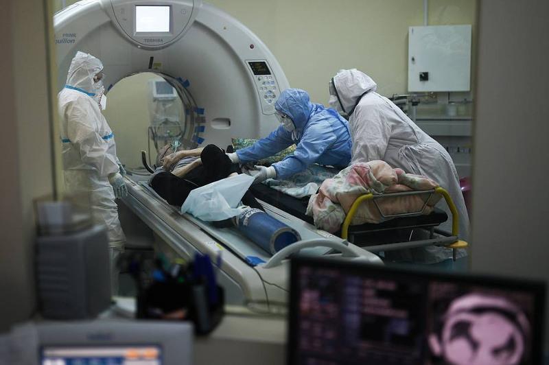 В России за неделю выявили почти столько же случаев коронавируса, сколько за весь сентябрь