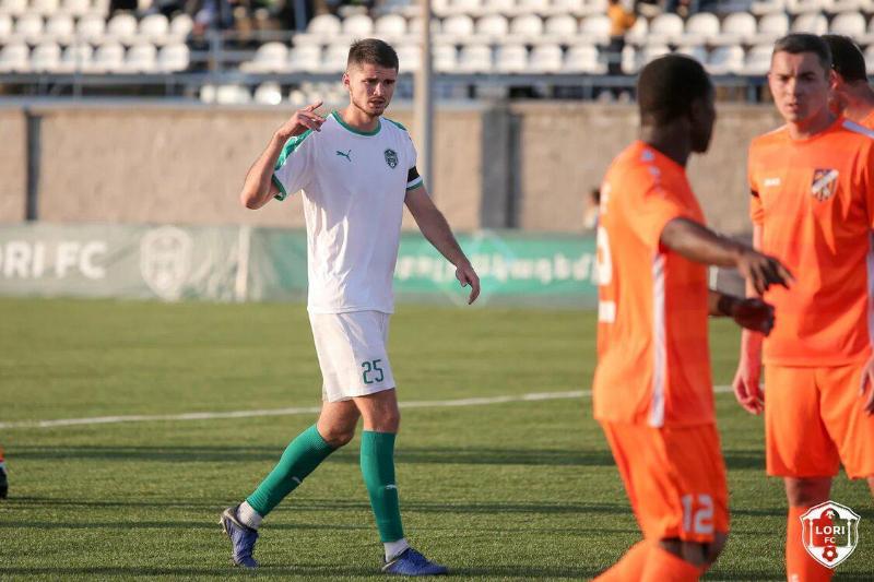 Казахстанский футболист стал лучшим игроком европейского клуба после матча национального первенства