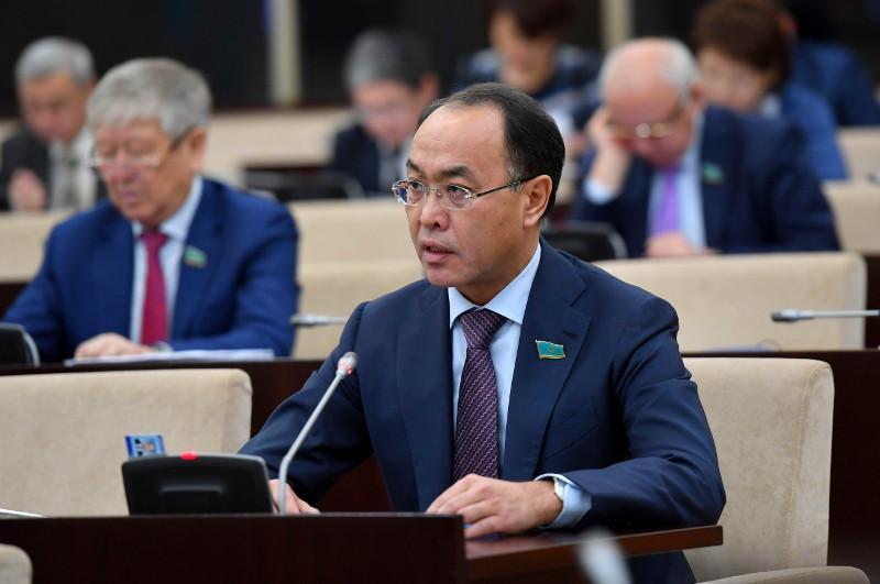 Невозможно переоценить вклад Нурсултана Назарбаева в историю становления Казахстана как правового государства - сенатор