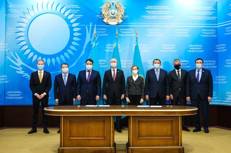 Kazakhstan to set up int'l oil-and-gas machine building development centre