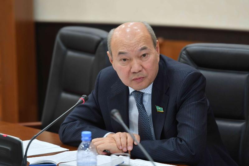 Судьба Нурсултана Назарбаева неотделима от истории страны и народа - Бакытжан Жумагулов