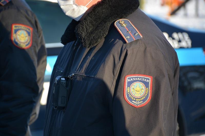 900 одиноких пенсионеров посетили участковые Петропавловска