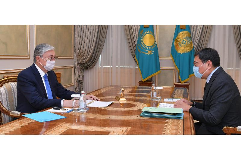 Head of State gives Governor of National Bank instructions