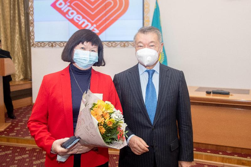 За борьбу с коронавирусной инфекцией наградили жителей ВКО