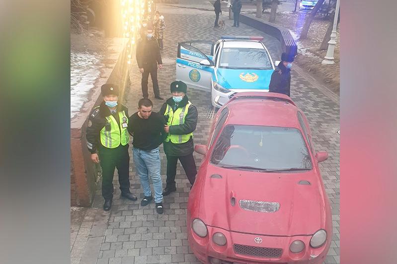 Полицейские устроили погоню за нарушителем ПДД на Арбате в Алматы