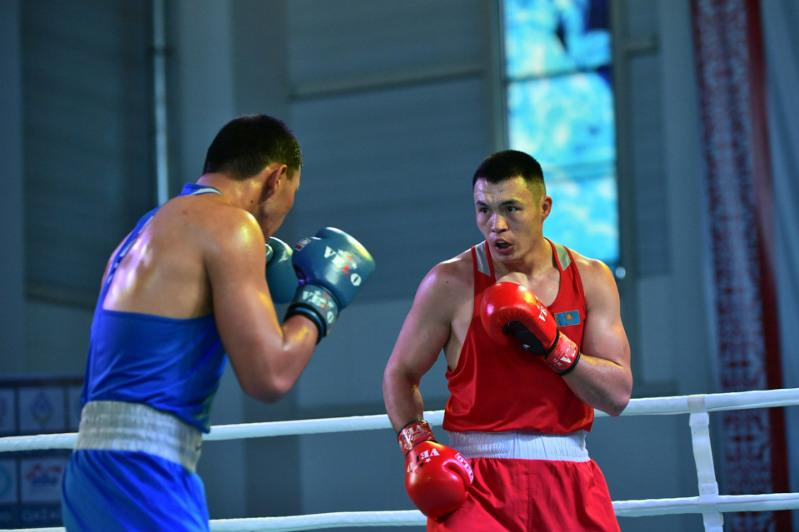 Лидеры команды Казахстана по боксу вновь выступят на профессиональном ринге