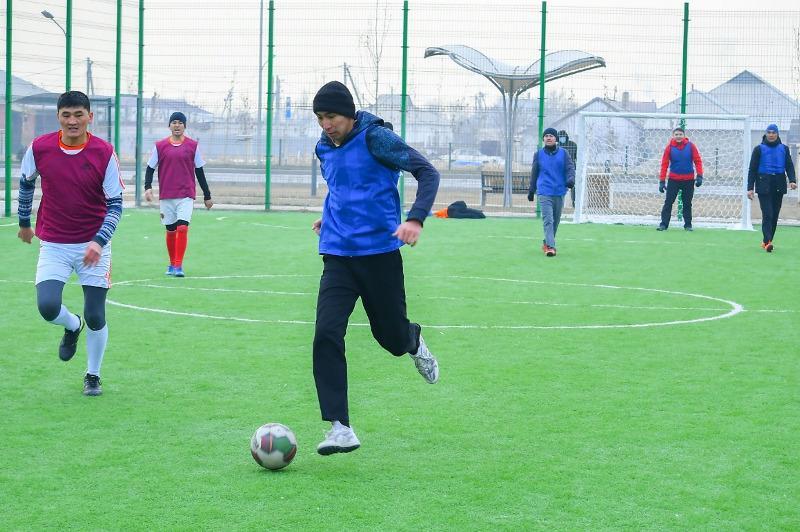Түркістан облысының мемлекеттік қызметшілері шағын футболдан жарысты