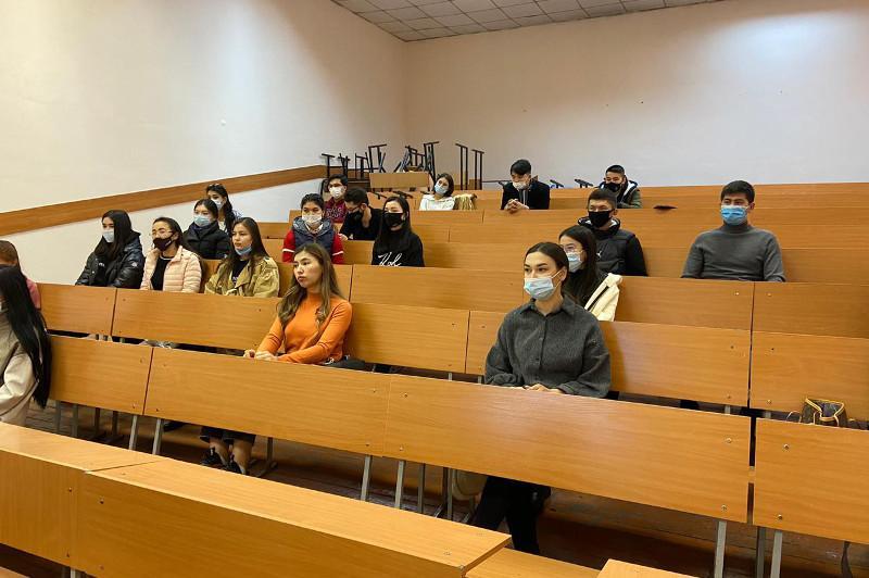 Открылась первая в РК школа по подготовке волонтеров-медиков