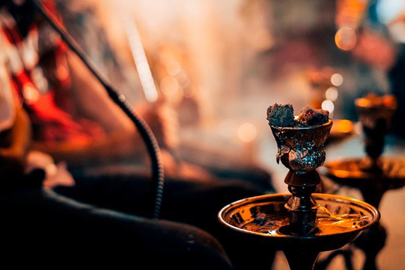 Восемь рестораторов наказали за употребление кальяна в заведениях Тараза
