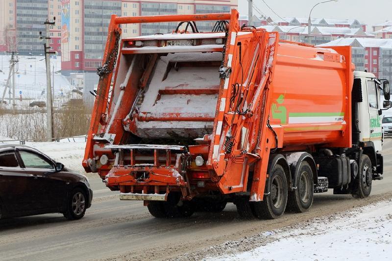 На мусоровозах планируют установить GPS-датчики
