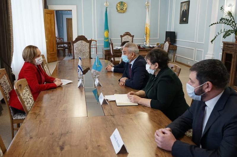 以色列大使对塞梅市进行工作访问