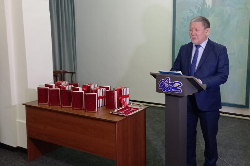First 5 books of 'Aspects of Abai studies' collection presented in Semey