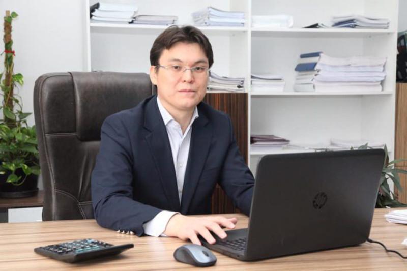Общественность должна поддержать обозначенные в статье Президента посылы – Азаматхан Амиртаев