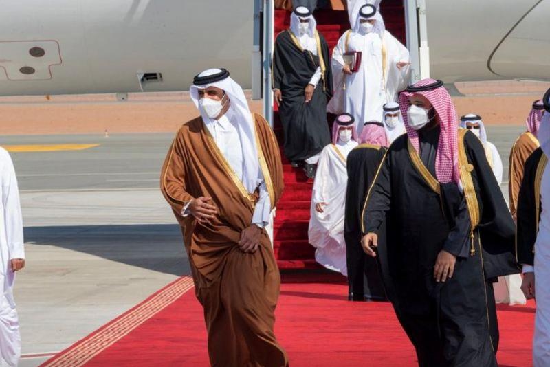 卡塔尔埃米尔抵达沙特参加海合会峰会