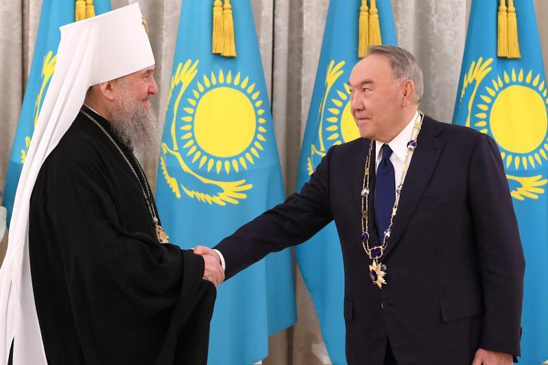 Nursultan Nazarbayev awarded Algys Order