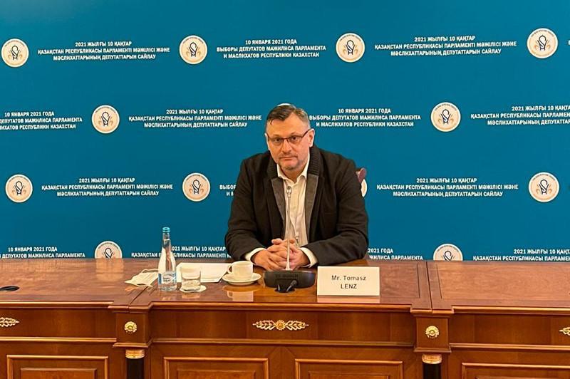 Казахстан начинает новую эру – пять политических партий прошли регистрацию