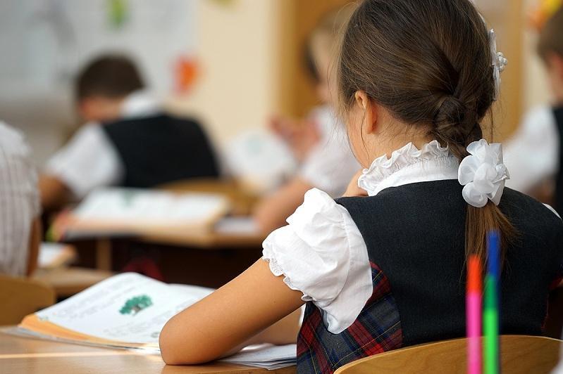 Свыше 60% школьников начали обучение в традиционном формате в ВКО
