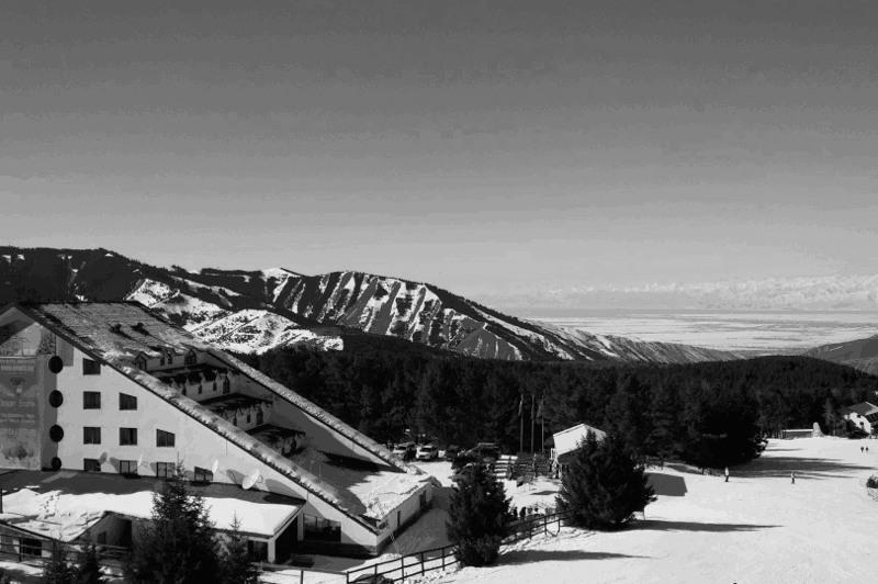Подросток из Казахстана погиб на горнолыжной базе в Кыргызстане