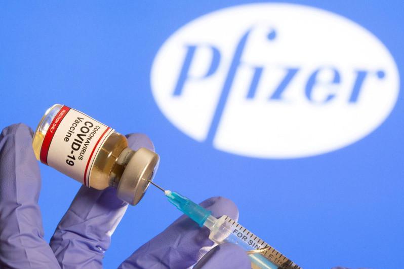 На какой стадии переговоры по поставке вакцины «Pfizer» в Казахстан - ответ Минздрава