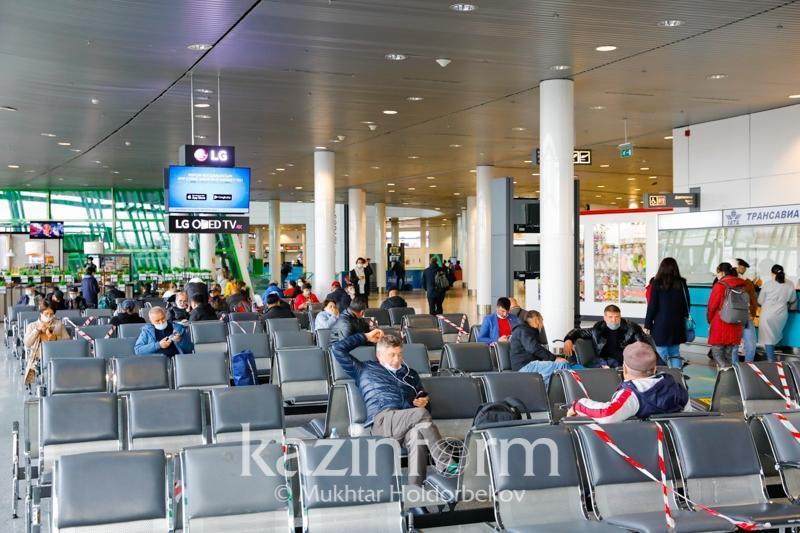 12日乘迪拜-阿拉木图航班回国的2名乘客确诊新冠肺炎