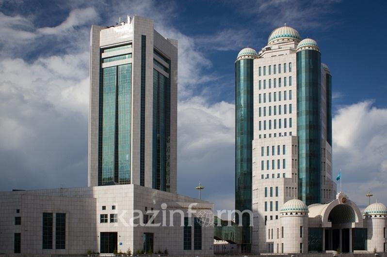 Қасым-Жомарт Тоқаев Парламент алдындағы маңызды екі міндетті атады