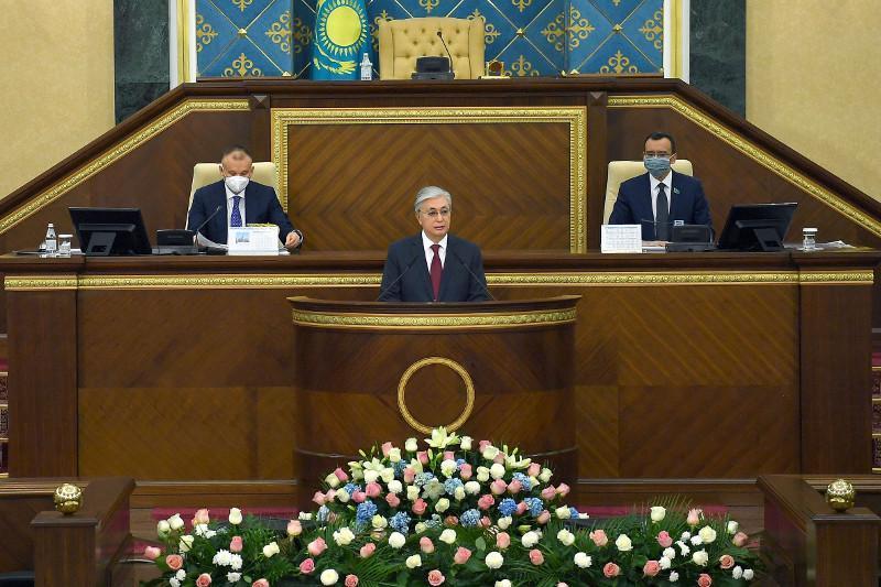 ҚР Президенти Парламент VII чақириқ 1-чи сессиясида нутқ сўзлади