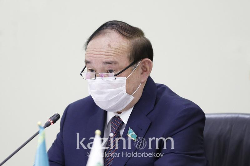 Партияларға Парламентке өтуге мүмкіндік жоғарылайды - Әли Бектаев
