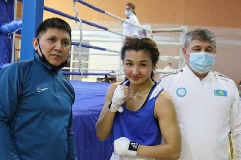 Ұлттар кубогі: Қазақстандық боксшы қыздар екі «алтын» алды
