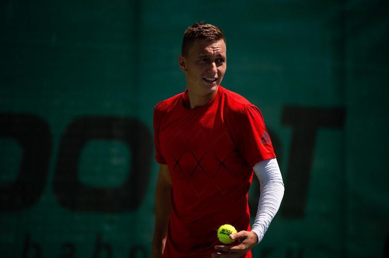 Kazakh-Ukrainian duo advances to ITF tournament final in Antalya