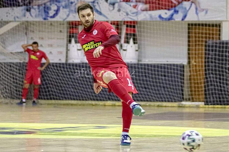 «Кайрат» пропустил три гола в первом матче Лиги Чемпионов