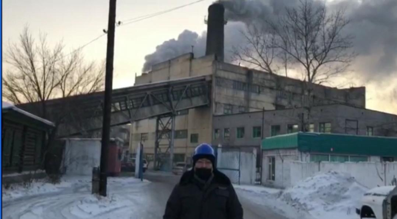 На густой черный дым котельных пожаловались жители Семея