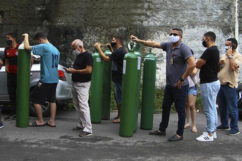 Бразилияда коронавирус беморларига кислород етишмаяпти