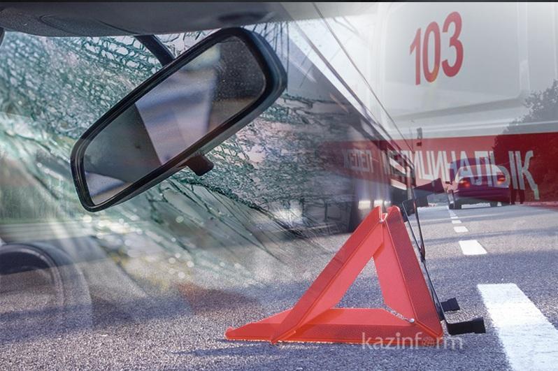 Три человека  госпитализированы с места ДТП возле Экибастуза