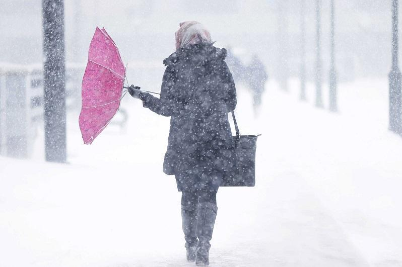 О шторме предупредили жителей восьми областей Казахстана
