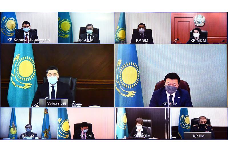 1 февраля в Казахстане начнется массовая вакцинация населения