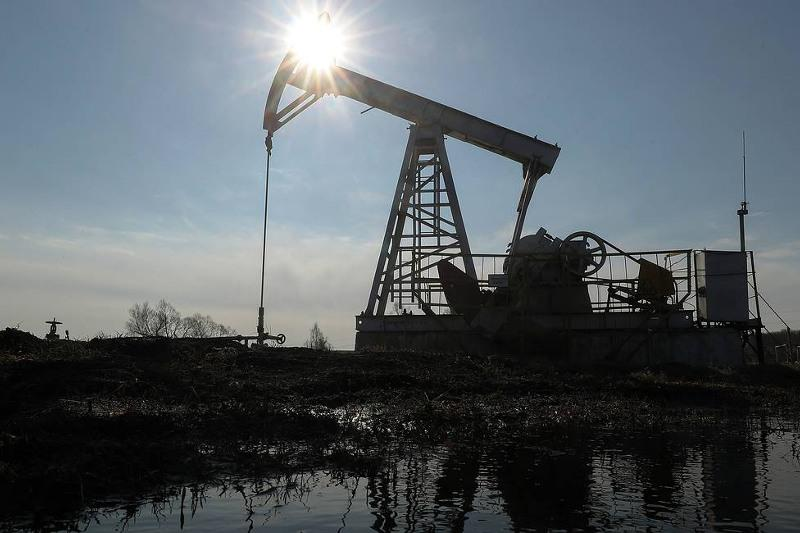 Global oil supply to go up by 1 mln barrels per day in 2021, says IEA
