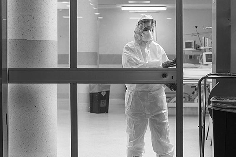 Пневмония с признаками коронавируса: 118 заболевших, три летальных исхода за сутки